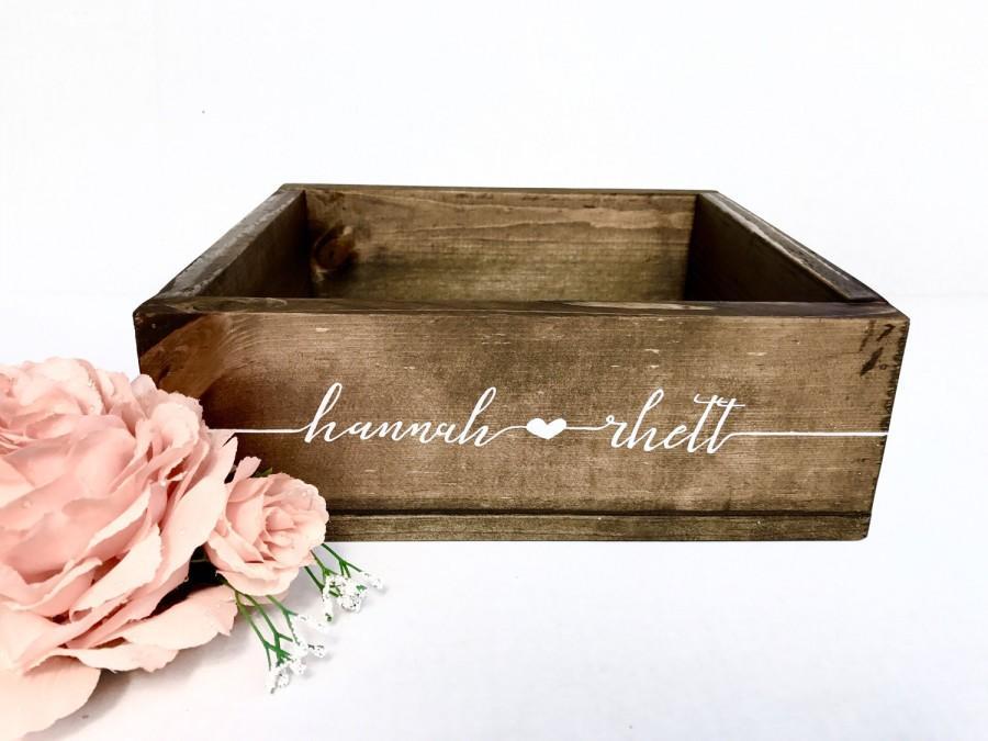 Свадьба - Wedding Card Box - Custom Rustic Wedding Decor - Wooden Card Box