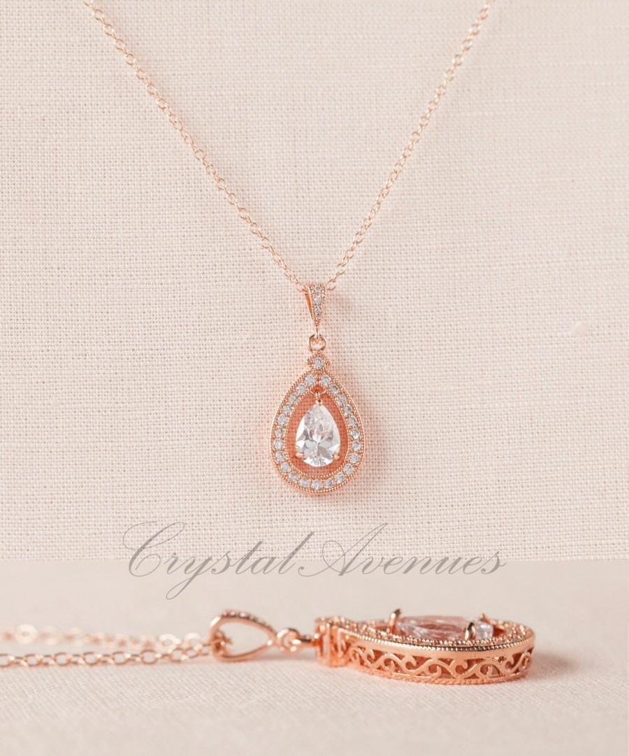 Свадьба - Rose gold Wedding Necklace, Swarovski Pearl Bridal Pendant Rhinestone  Bridesmaids Dainty Misty Bridal Necklace