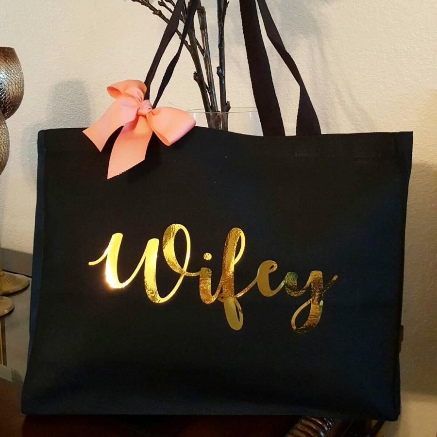 Свадьба - Bride Team, Bridesmaid Bag, Custom Tote Bag, Canvas Tote Bag, Bridesmaid Gift Idea, Bridesmaid Gift, Bridesmaid Tote, Bride Tote, Wifey