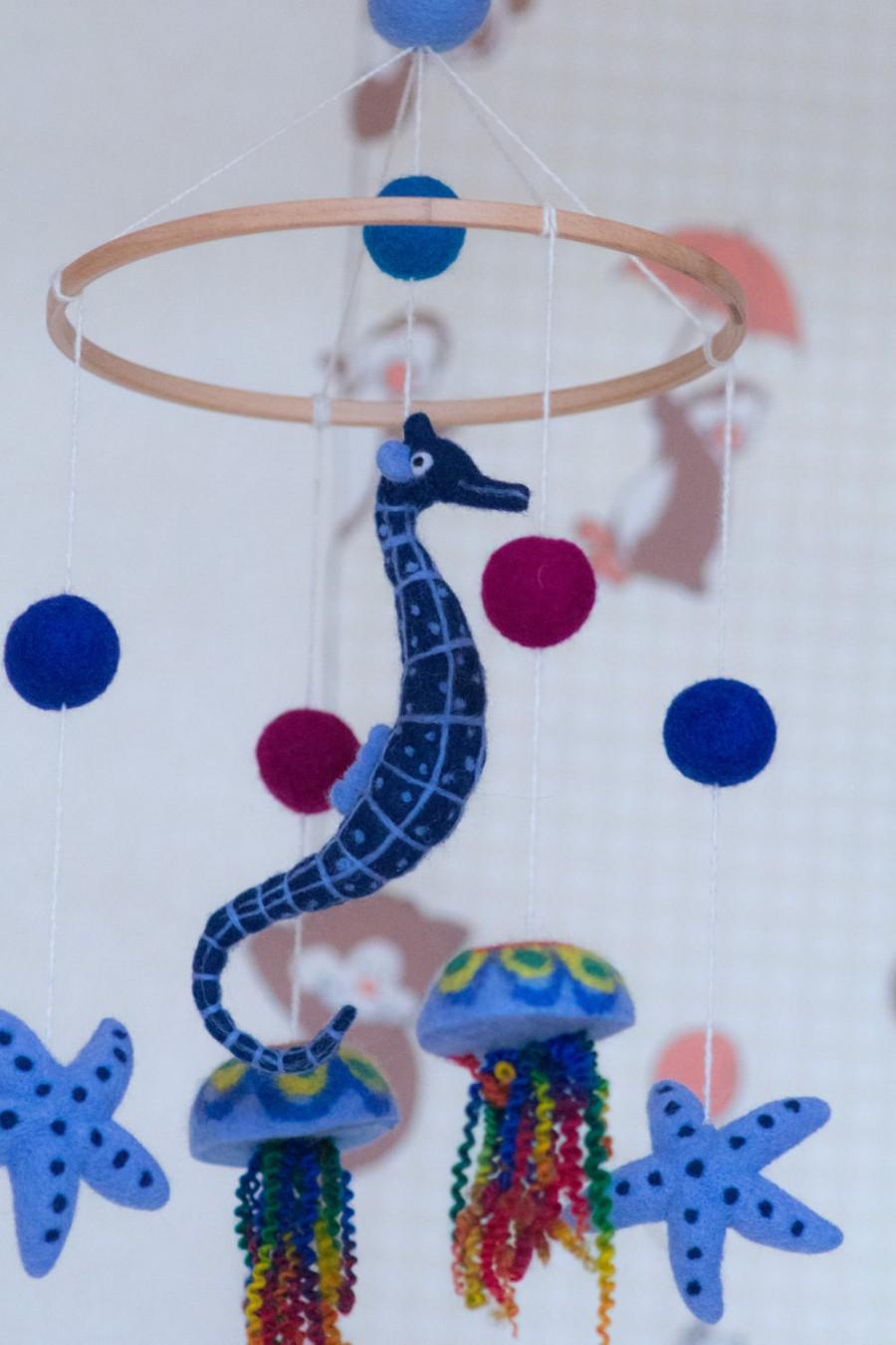 Wedding - Baby Mobile - Needle Felted sea horse jellyfish Mobile,Nursery Decor,Sea Crib Mobile,. modern nursery, cot mobile,crib mobile,hanging mobile