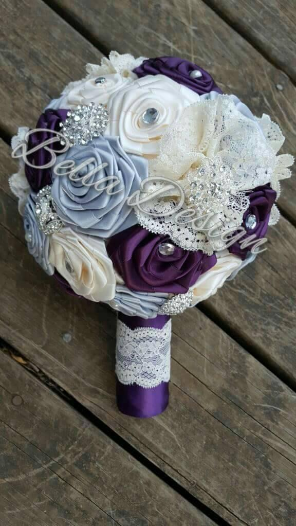 Mariage - Plum, Ivory and Grey Ribbon Rose Bridal Bouquet Set with Lace, Rhinestones and Pearls