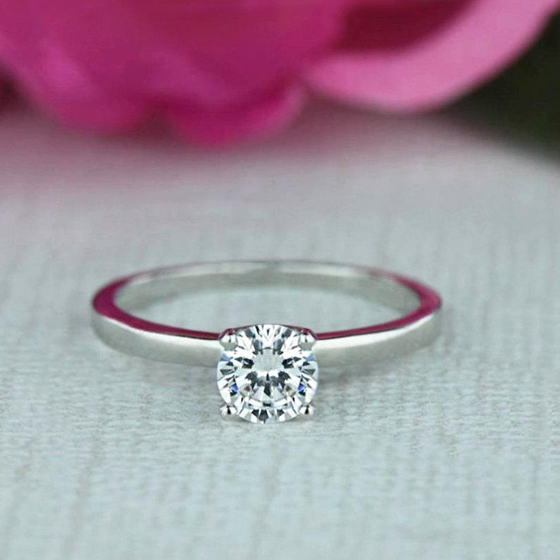 زفاف - 1/2 ct Engagement Ring, Classic Solitaire Ring, Man Made Diamond Simulant, Wedding Ring, Bridal Ring, Promise Ring, Sterling Silver