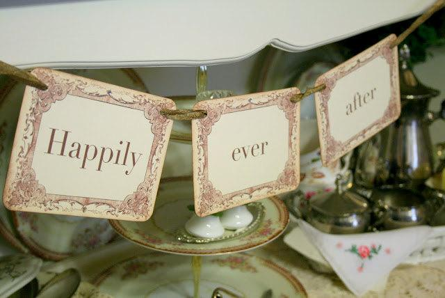 Свадьба - Happily Ever After Garland / Banner Engagement Wedding Photo Prop Bridal Shower Decoration