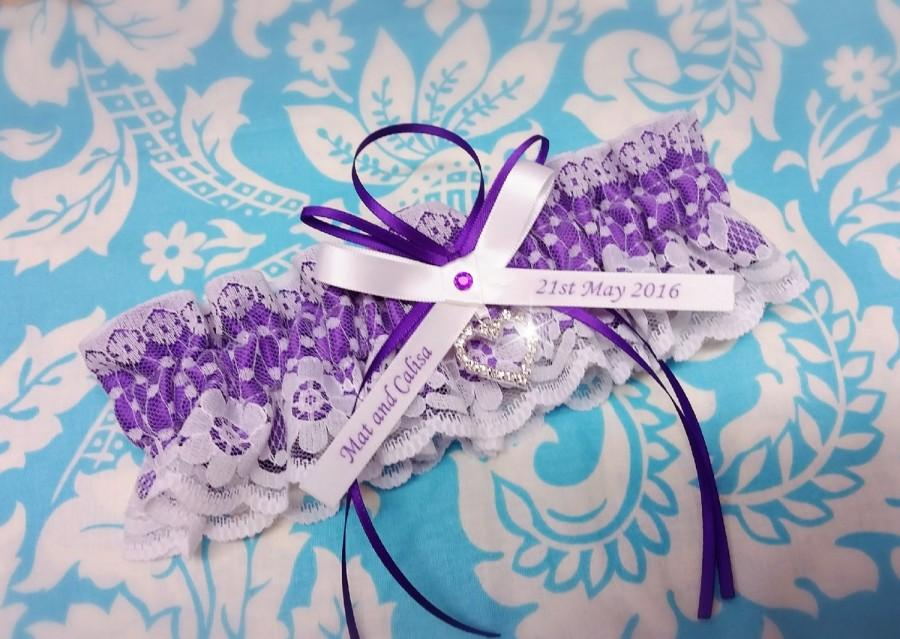 Свадьба - Purple  Wedding Garter , beautiful Personalized purple satin and Ivory (or white) Lace with heart - Gift boxed