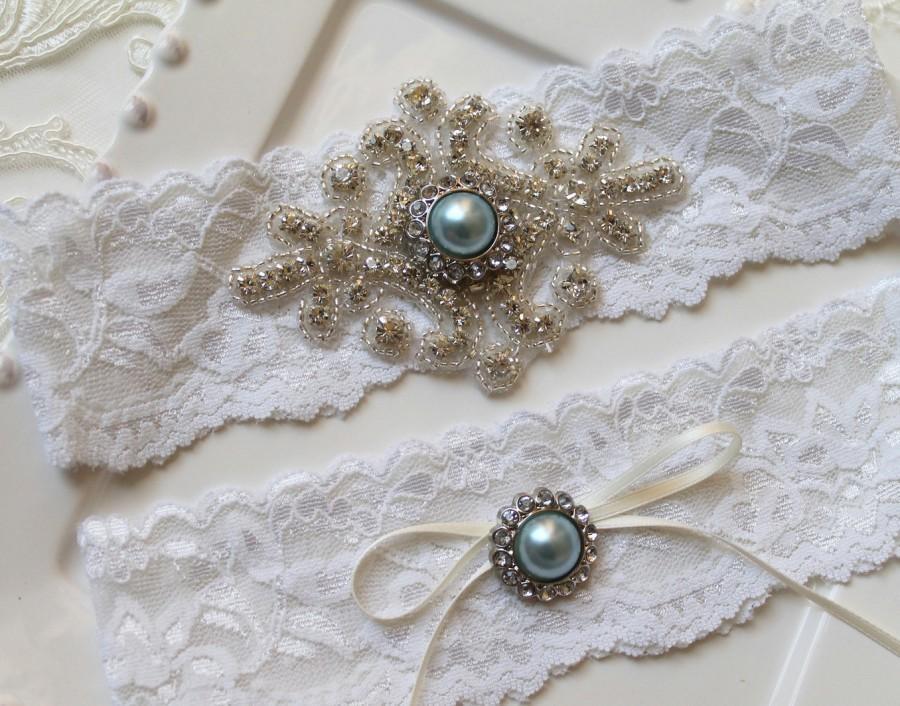 Свадьба - Bridal beaded rhinestone stretch lace garter set. Crystal applique blue pearl vintage wedding garter set.  VINTAGE BLUE