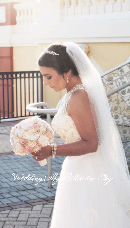 Свадьба - Blush Pink Ivory Brooch Sola Bouquet, Blush Wedding, Pale Pink Wedding, Alternative Bouquet, Shabby Chic, Bridal Accessories, Sola Flowers