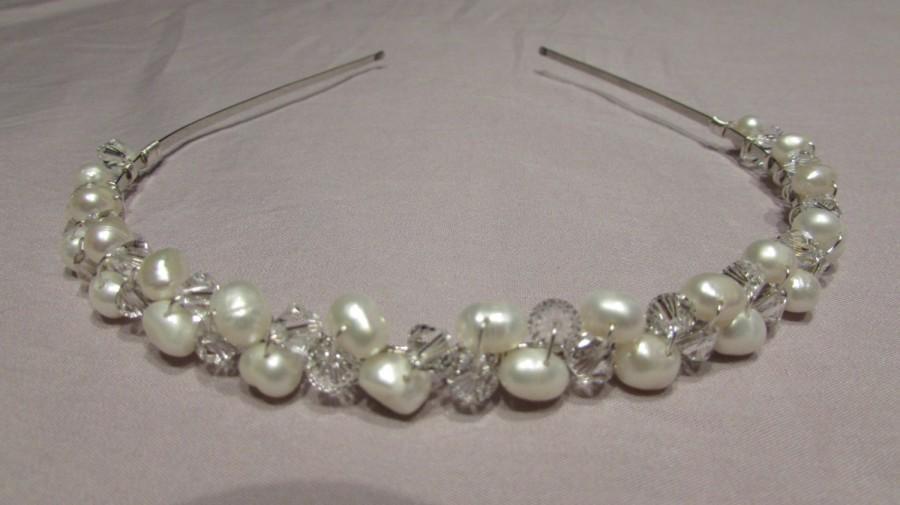 Свадьба - Freshwater Pearl Bridal Headband, Pearl Headband, Bridal Hair Accessory, Wedding Tiara, Pearl Tiara, Crystal & Pearl Headband