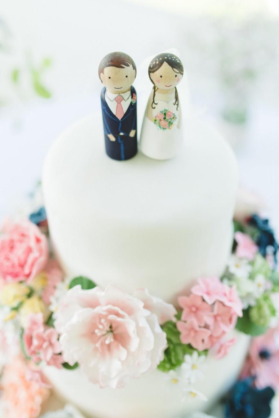 زفاف - Wedding Cake Toppers // Wooden Dolls // Cake toppers // Peg Dolls Custom Wedding Cake toppers