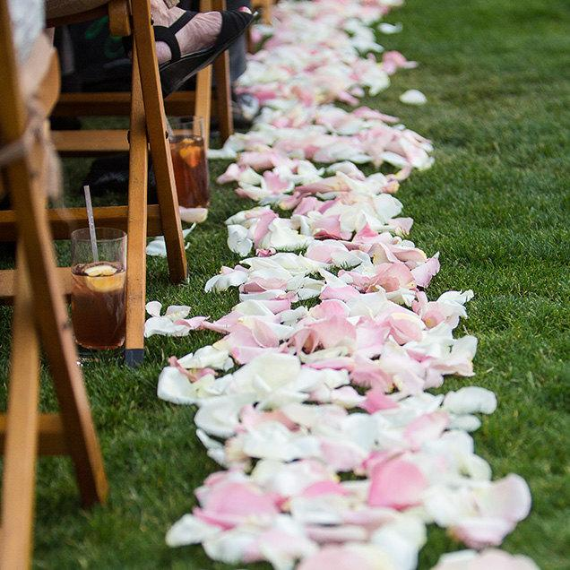 Свадьба - 1,000 Flower Petals BULK Choose Color Silk Rose Petals Faux Fabric Rose Petals Loose White Rose Petals Cotton Fabric Red Rose Petals