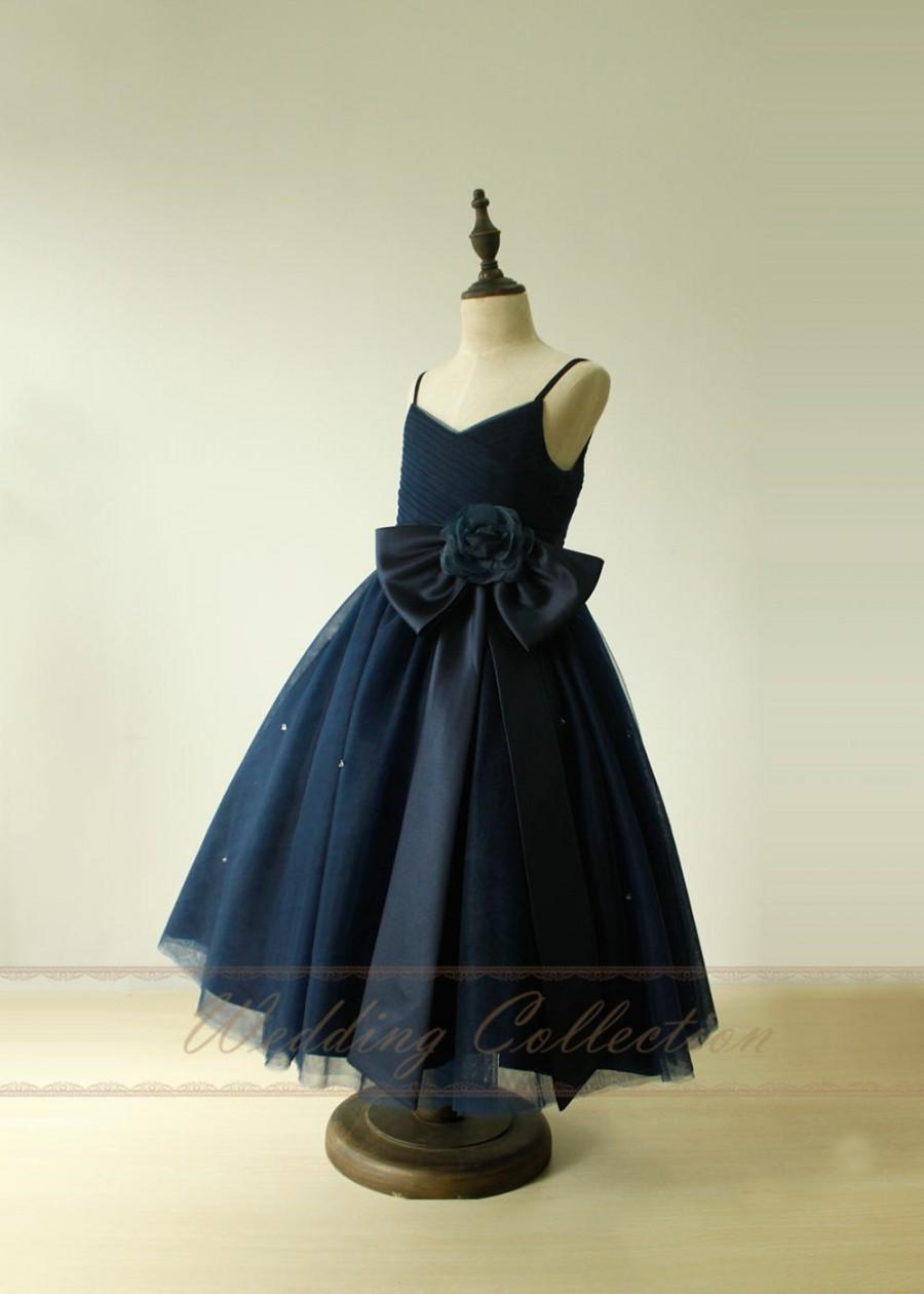 Hochzeit - Navy Flower Girl Dresses first communion dresses With Sash Bow Flower