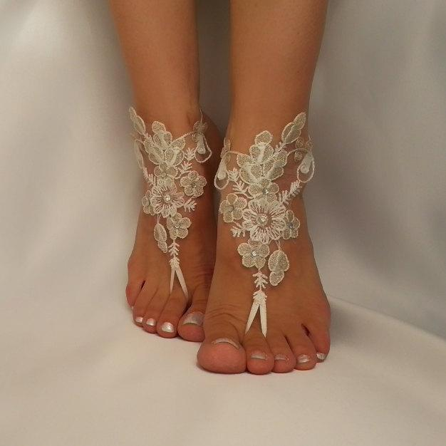 Mariage - silver and ivory  flower Beach wedding barefoot sandals , Sandals, Sexy, Yoga, Anklet , Bellydance, Steampunk, Beach Pool  UNIQUE sexy