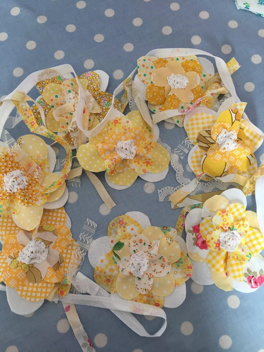 Mariage - Yellow flower shabby chic  bunting,banner,flag,wedding,garden party, party flag, childrens party, bedroomfairy ,baby shower