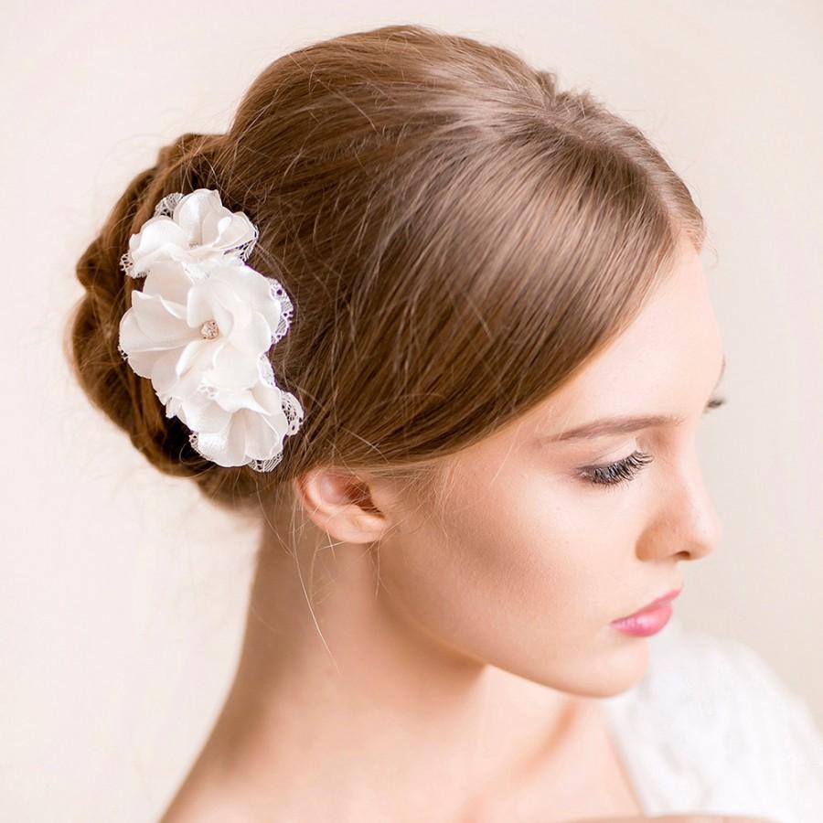 زفاف - Wedding Flower Hair Piece - Bridal Hair Piece Floral - Wedding Headpiece - Bridal Headpiece with Lace and Rhinestone - Flower Hair Comb