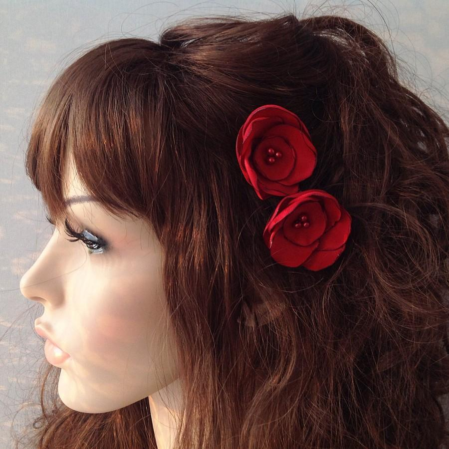 Свадьба - red wine flower hair pin, bridal accessory, brides flowers, bridesmaid gift - $12.00 USD