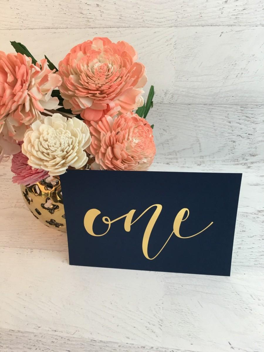 Mariage - Navy and Gold Table Numbers - Table Markers - Wedding Table Decor - Gold Table Decor -Navy Table Numbers - Gold Foil Table Markers - Blue