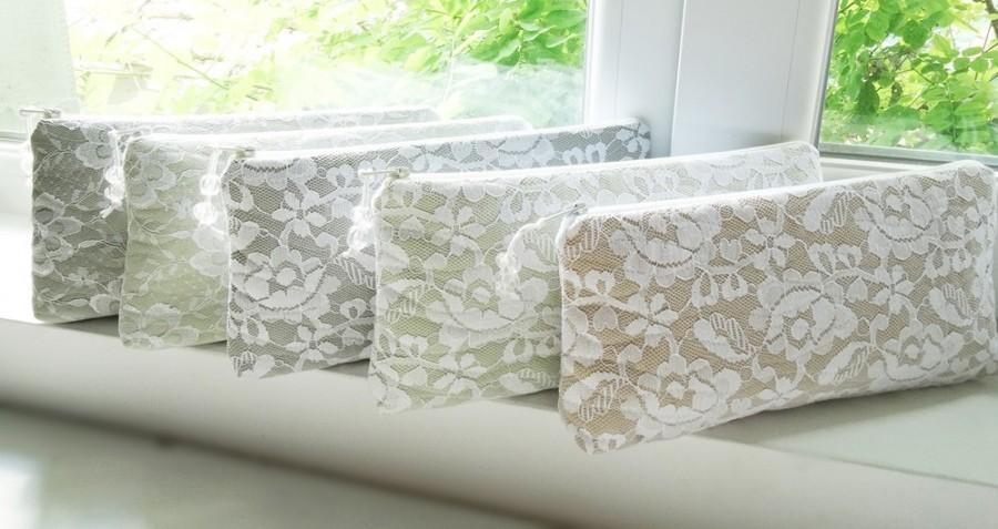 Свадьба - Bridesmaid Proposal Gift Idea, Bridesmaid Set of 5, Mismatched Lace Clutches for Bridesmaids, Will You be My Bridesmaid Gift Idea