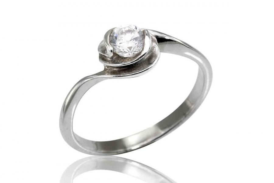 زفاف - Diamond Engagemnt Ring, Diamond Ring,  14K Flower Ring, Gifts for Her, Diamond Stackable Ring, Diamond Flower Ring, Fast Free Shipping