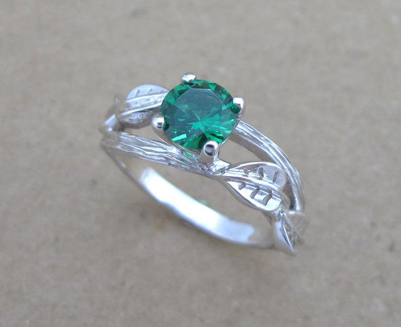 Mariage - Twig Emerald Engagement Ring, Leaves Emerald Engagement Ring, Twig Ring, Antique Engagement Ring, Vintage Bark Ring, Natural Engagement Ring