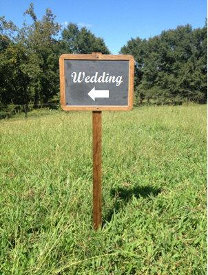 Hochzeit - Rustic Chalkboard Sign Attached to Wooden Stake - Rustic Wedding Decor - Outdoor Chalkboard Signage - Wedding Signs - Chalkboard