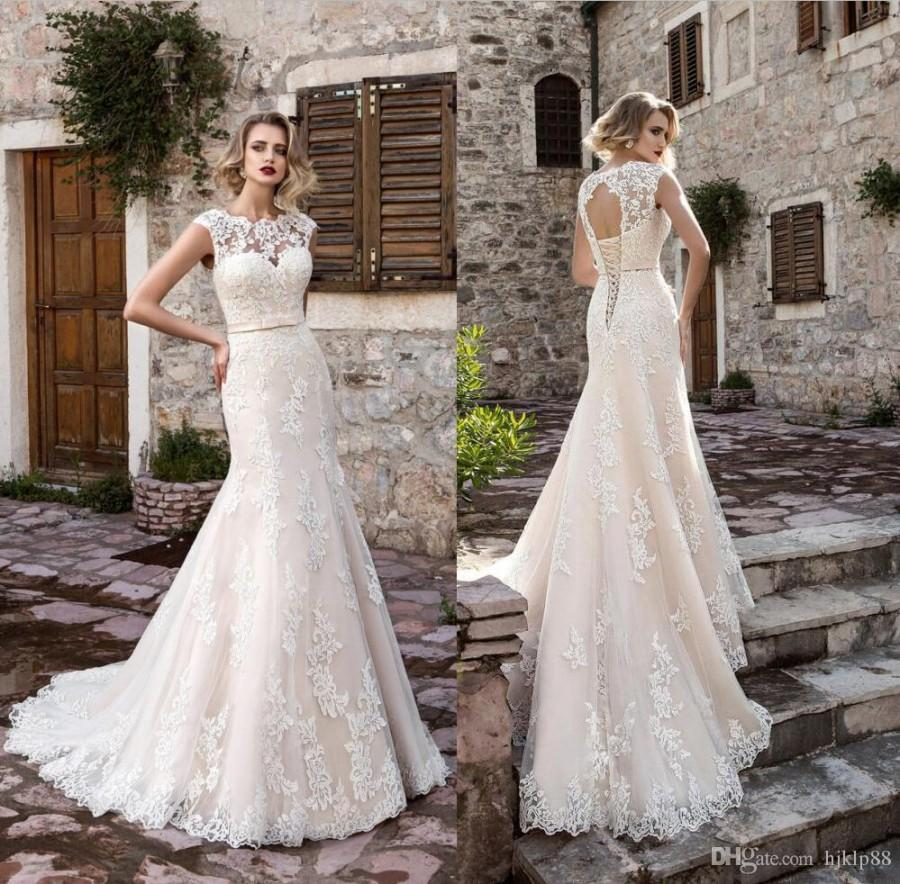 2017 new arrival beautiful lace mermaid wedding dresses for Beaded lace mermaid wedding dress