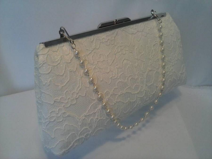 Свадьба - Ivory lace Pearl Wedding clutch purse BBsCustomClutches