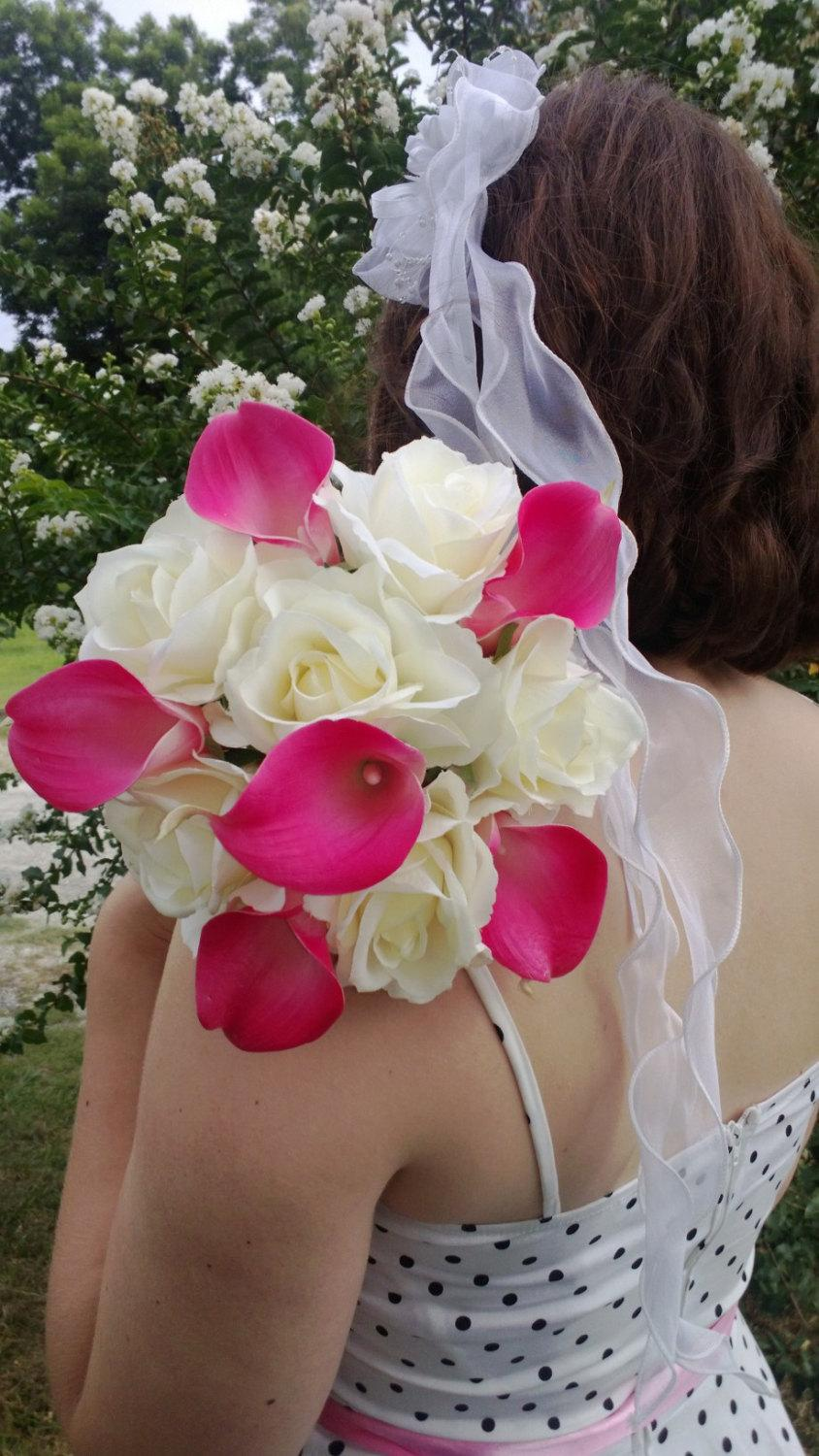 Hochzeit - Real Touch Hot Pink Calla Lily Ivory Rose Wedding Bouquet, Hot Pink Ivory Bouquet, Hot Pink Bouquet, Calla Lily Bridal Bouquet