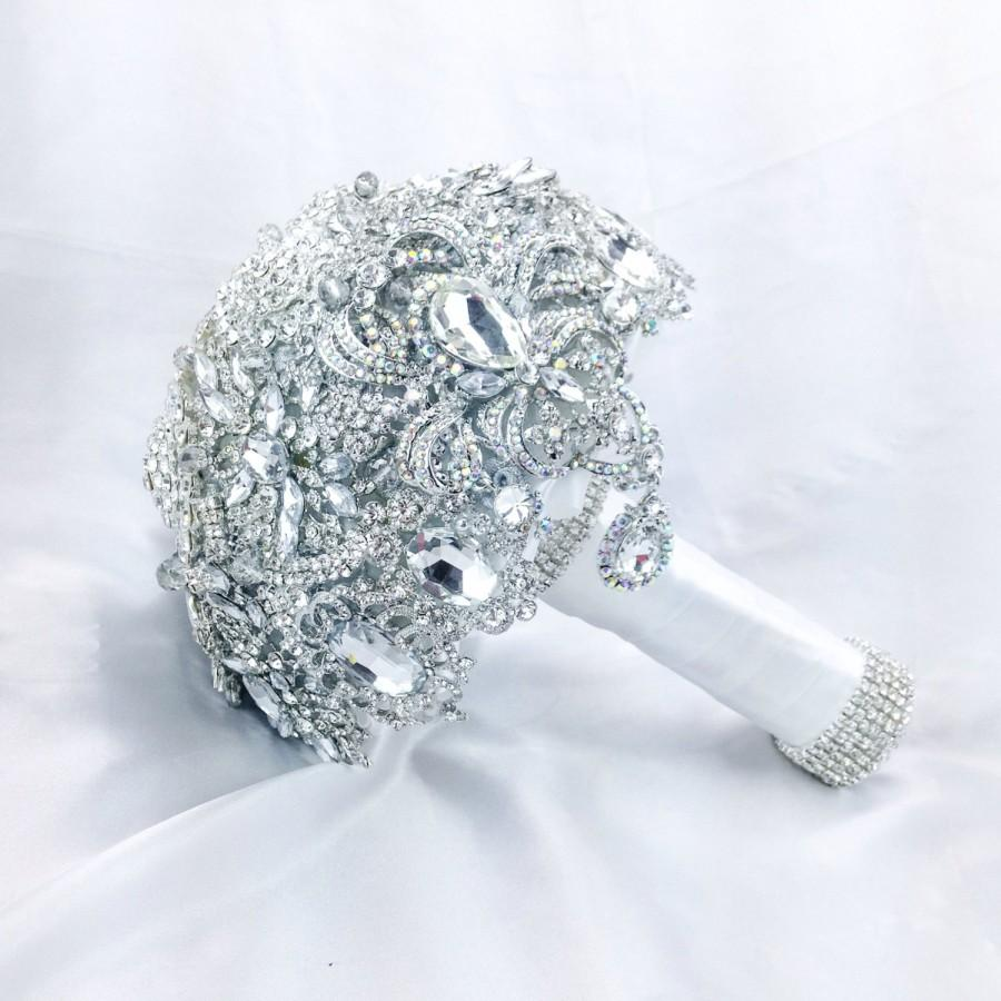 Свадьба - Classic Very Rich White Silver Diamond Jeweled Bouquet. Deposit on Alternative Crystal Bling Diamond Jeweled Bridal Broach Bouquet