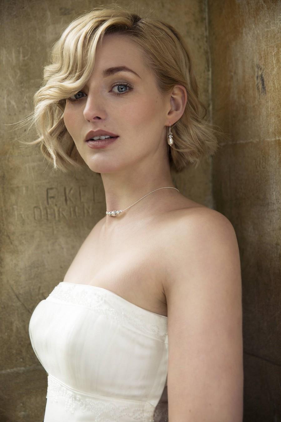 Wedding - Swarovski bridal earrings, pearl bridal earrings, pearl and crystal wedding earrings, pearl drop earrings - Vita