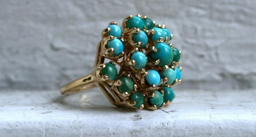 Mariage - Retro Vintage 14K Yellow Gold Turquoise Cluster Ring.