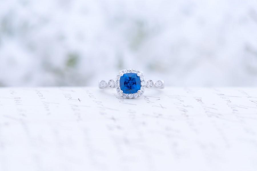 Mariage - SALE - Blue Sapphire Engagement Ring - Cushion Cut Ring - Art Deco Ring - Halo Engagement Ring - Wedding Ring - Sterling Silver