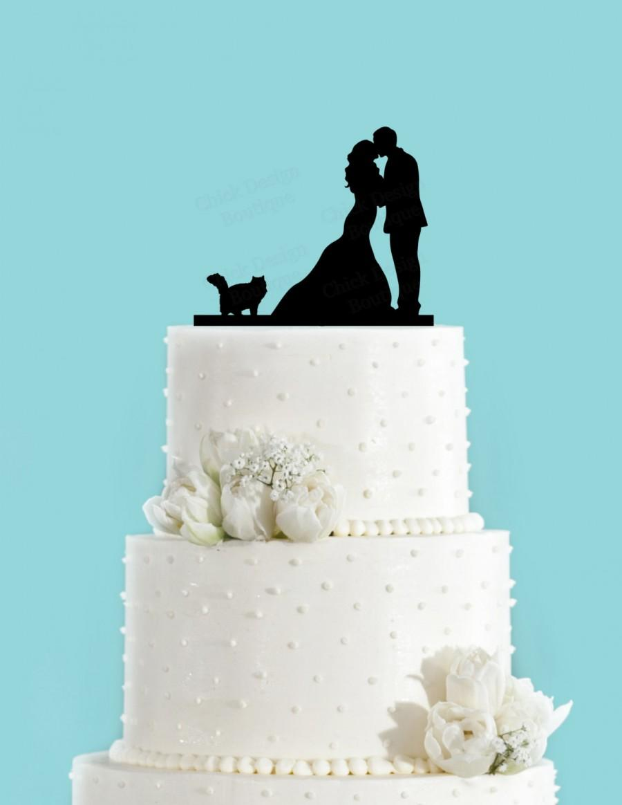Hochzeit - Couple Kissing with Fluffy Cat Wedding Cake Topper