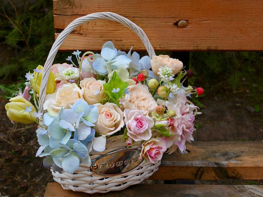 Свадьба - Flower in the basket, hand modeling, clay flowers, polymer clay bouquet, Mother's Day