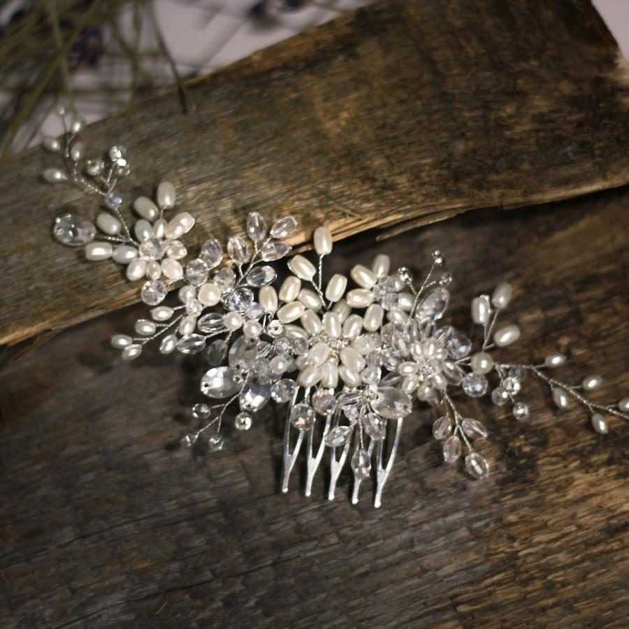 Hochzeit - Bridal hair comb. Crystalsal and Pearl bridal hair comb. Pearl comb. Wedding hair comb. Bridal Headpiece. Pearl bridal hair comb.