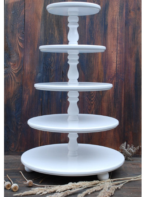 how to make a wooden tiered cupcake stand