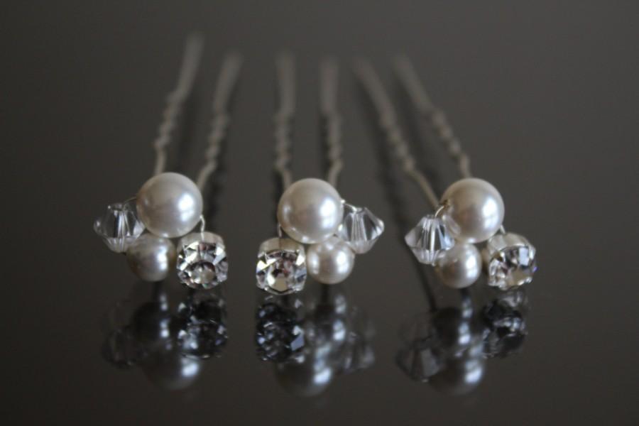 Wedding - Swarovski Crystal and Pearl Cluster Hair Pins