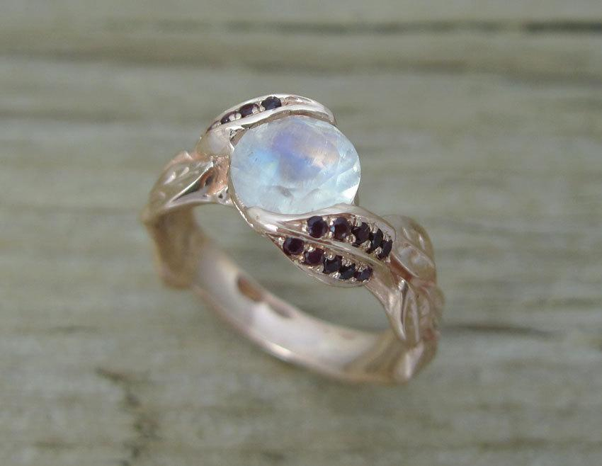 Mariage - Unique Engagement Ring with Ruby's, Ring With Moonstone, Rose Gold Moonstone Ring, Rose Gold Moonstone Leaf Ring, Rose Gold Leaves Ring,