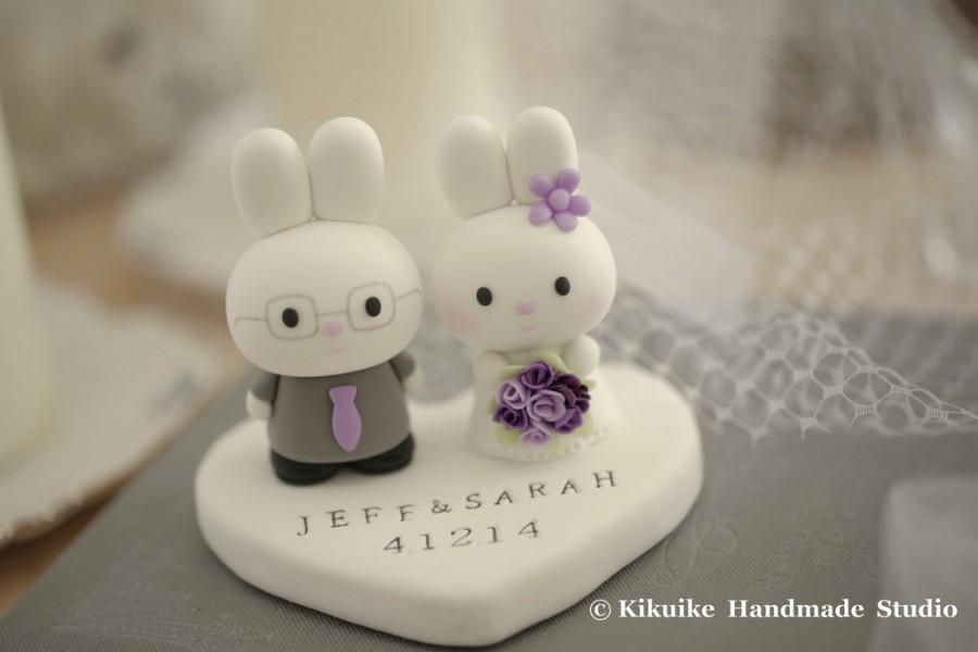 Свадьба - rabbit Wedding Cake Topper -Handmade lovely , cute rabbit and bunny with sweet heart---k949