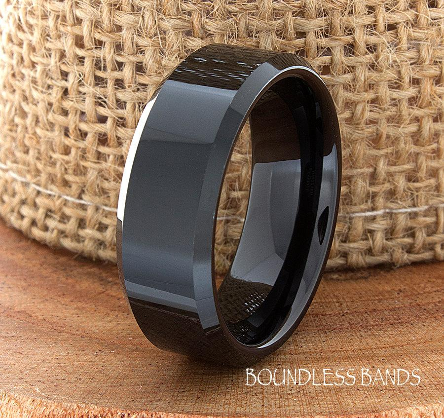 Mariage - Wedding Tungsten Band Black High Polished Beveled Edges Ring Custom Laser Engraved Tungsten Anniversary Ring Couple Ring Mens Ring 8mm Band