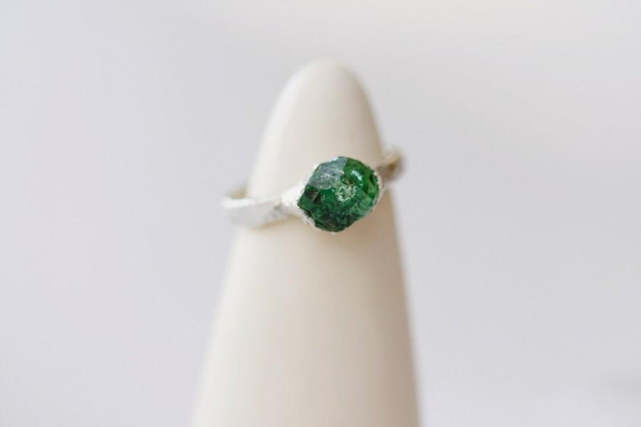Hochzeit - Emerald Green Raw Stone Engagement Ring: alternative diamond ring, colorful boho bohemian natural raw crystal, fine jewelry, little sycamore