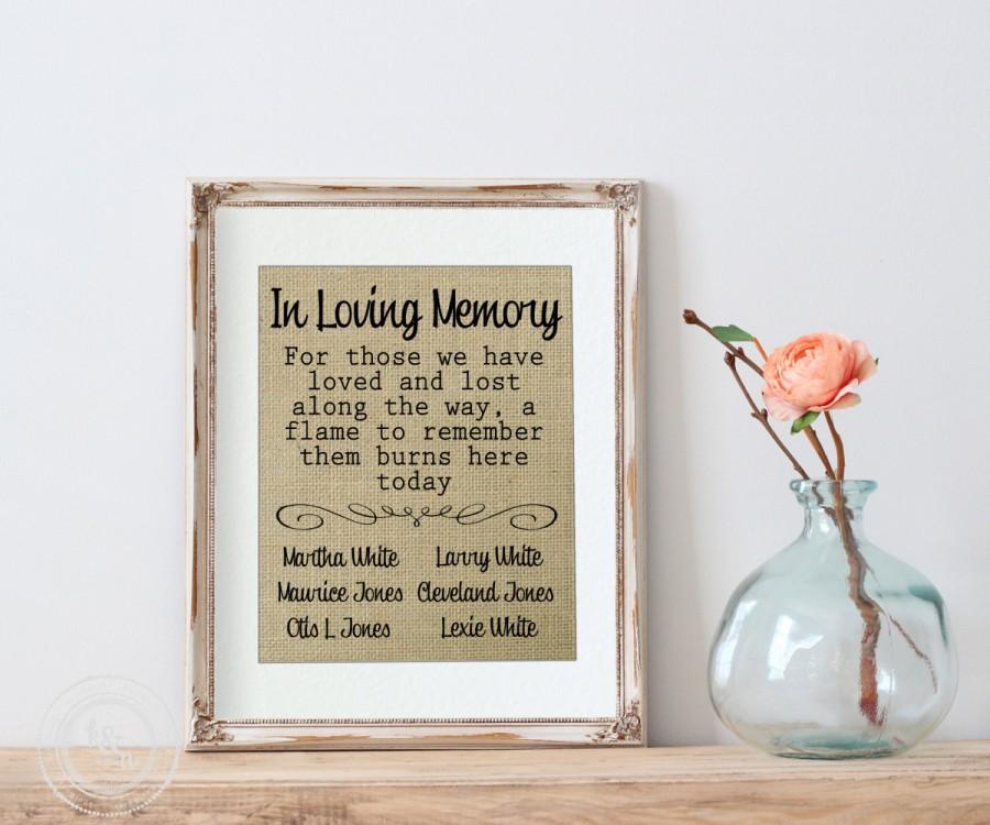 Свадьба - Wedding Remembrance, In Loving Memory Wedding Burlap Print, This Candle Burns in Memory Sign, Wedding Memory Table, Memorial Print