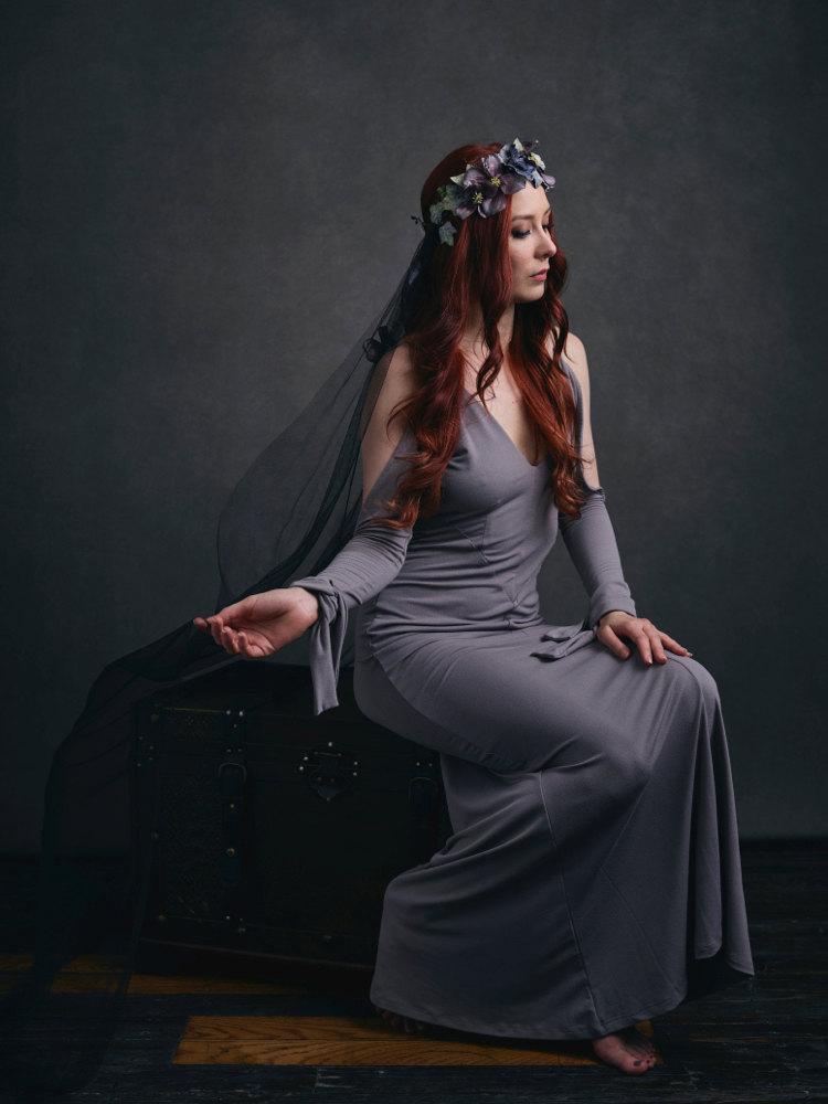Hochzeit - Woodland wedding crown, gothic bridal headpiece, purple flower crown, woodland hair wreath, black wedding veil, hair accessories - Maeve