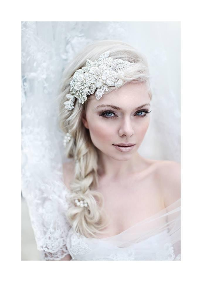 Свадьба - My Enchanting Miriam bridal hairpiece - Shimmering hair piece with flowers, crystals, lace and pearls