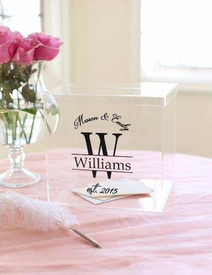 Свадьба - Personalized Wedding Card Box Clear Acrylic Monogrammed With Last Name (Item EEBB200)