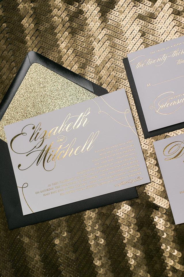 Hochzeit - Foil  - Black and Gold Glitter Calligraphy Wedding Invitations - SAMPLE (Lauren)