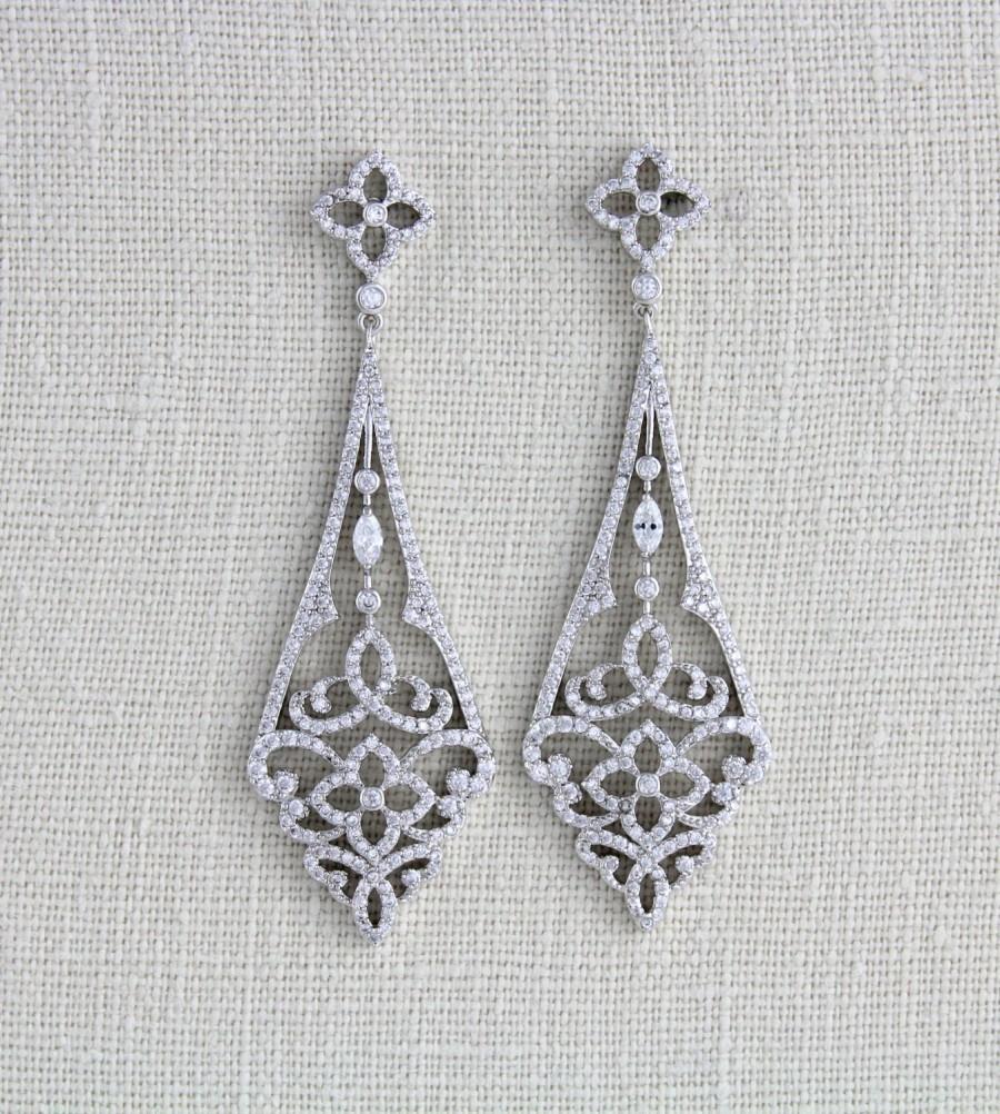 Hochzeit - Crystal Bridal earrings, Chandelier Wedding earrings, Bridal jewelry, Long Earrings, Art Deco earrings, CZ earrings, Vintage style earrings