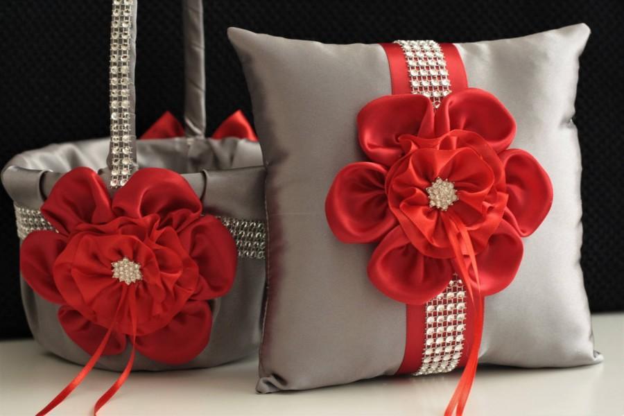 Hochzeit - Gray Red Wedding Basket / Gray Red Bearer / Gray Red Basket / Red Gray Flower Girl Basket / Red Ring Bearer Pillow / Gray Pillow Basket Set - $28.00 USD