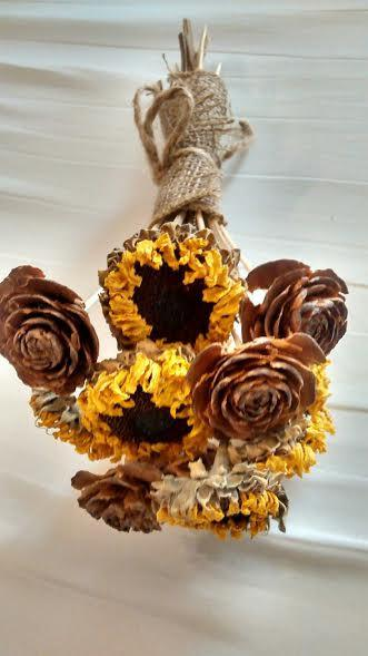Mariage - Dried Sunflower And Cedar  Rose Pinecone Bouquets -  Perfect For Rustic Country Weddings