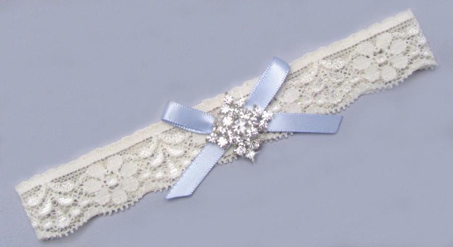 Свадьба - Blue Wedding Garter, Crystal Rhinestone Bridal Toss Garter, Something Blue Garter, Ivory / White Stretch Lace Garter, Single Garter with Bow