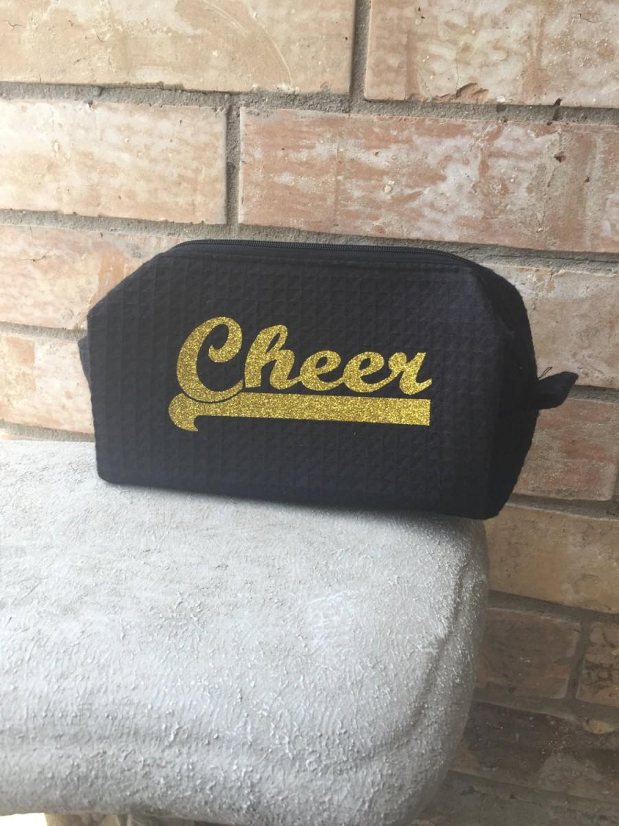 Свадьба - Waffle Cosmetic Bag,Travel Sized,make up bag, Bridesmaid,Sister,Mother Gift, Matching Robes,matching slippers,travel bag,shaving bag,