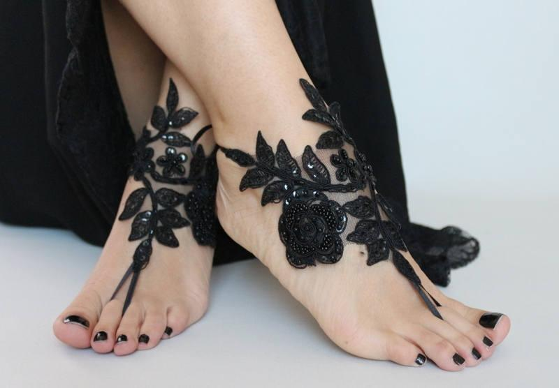 Hochzeit - Black Lace sandals for wedding, Foot Jewelry bridal sandals, wedding sandal, Embroidered anklet, sandles for wedding, Beach sandles, Gothic - $29.90 USD